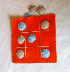 Fabric Tic Tac Toe travel game for kids by fdiakosmin