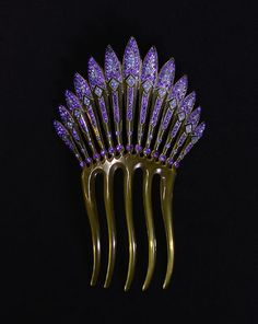 belaquadros:  Art Deco Hair Comb