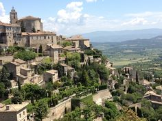 Gordes, a beautiful old village perched on the southern edge of the high Plateau de Vaucluse in Provence, France. The city consists of stone buildings and a 12th century castle. Gourdes is a favorite among tourists.