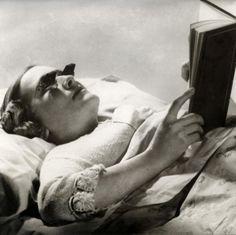 Lunettes pour lire couché
