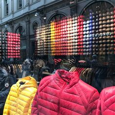 #brusselsByFlo #shopping #parka #colors