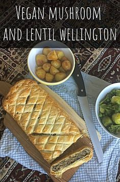 A recipe for vegan mushroom and lentil wellington, perfect for Christmas Day lunch Vegan Lunch Recipes, Delicious Vegan Recipes, Vegan Foods, Vegan Meals, Snack Recipes, Snacks, Vegan Roast Dinner, Sunday Roast Dinner, Healthy Family Meals