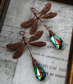 From the Gilded Dragonfly -FIREFLIES- copper and Swarovski wire wrapped dragonfly earrings Dragonfly Jewelry, Dragonfly Art, Wire Jewelry, Jewelry Crafts, Jewelry Art, Beaded Jewelry, Jewelry Design, Jewelry Ideas, Wire Earrings