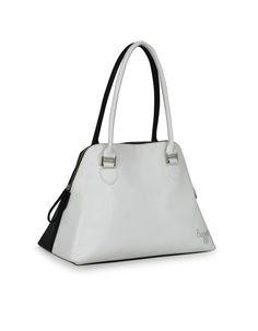 Creator Cruise Black - a unique monocrome bag by Baggit. http://www.baggit.com/
