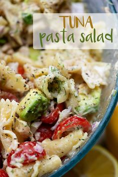 Cold pasta salad with tuna! This is the perfect side dish recipe or quick lunch all summer long! #recipe #summer #tuna #pastasalad