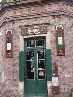 Uribelarrea es una localidad del Partido de Cañuelas, Provincia de Buenos Aires, Argentina. Foto por Karina Valdivia