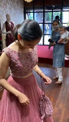Party Wear Indian Dresses, Designer Party Wear Dresses, Indian Gowns Dresses, Indian Bridal Outfits, Dress Indian Style, Indian Fashion Dresses, Indian Designer Outfits, Lehenga Saree Design, Lehenga Choli