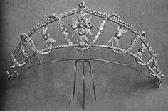 """A diamond tiara from Princess Vera Lobanov-Rostovsky's collection. Known as the """"Violet of Pétersbourg"""", her beauty was legendary. Princess Vera became a widow at a very young age, and was left with a great fortune. Being a woman of independent means allowed her to pursue her passions, including jewelry."""
