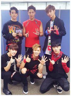 Jr (GOT7)    Shownu (MONSTA X)    Hyunkyung (ROMEO)    Dino (SEVENTEEN)    Rocky (ASTRO)    Ten (NCT)