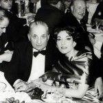 Maria Callas elegante con stola di raso duchesse e trucco magnetico http://www.theblazonedpress.it/website/2013/12/02/buon-compleanno-divina-maria-callas/84594