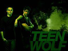Dylan O brien and Tyler Posey Teen Wolf Stiles, Teen Wolf 4, Tyler Posey Teen Wolf, Scott And Stiles, Sterek, Teen Wolf Final Episode, Teen Wolf Season 3, Mtv Shows, Wolf Wallpaper