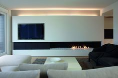 Terrific Free Contemporary Fireplace gas Suggestions Modern fireplace designs can cover a broader category compared with their contemporary counterparts. Fireplace Tv Wall, Fireplace Design, Fireplace Ideas, Linear Fireplace, Fireplace Pictures, Ethanol Fireplace, Home Interior Design, Interior Architecture, Living Room Designs