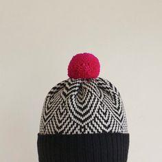 Scallop Wool Beanie, Women's Winter Hat, Black & White with Hot Pink Pom Pom