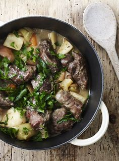 Pork Cheeks, Scandinavian Food, Braised Pork, Dinner Is Served, New Flavour, Food Photo, Love Food, Meal Planning, Foodies