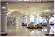 Mondrian Doha - unique interior by renowned Dutchman Marcel Wanders