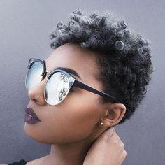 L'afro courte grise