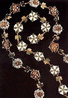 """from Museum of London exhibition """"The Cheapside Hoard: London's Lost Jewels"""" Renaissance Jewelry, Medieval Jewelry, Victorian Jewelry, Antique Jewelry, Vintage Jewelry, Wiccan Jewelry, Jewelry Gifts, Jewelery, Tudor Costumes"""
