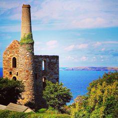 #WhealFriendly #StAgnes Cornwall Coast, North Cornwall, Cornwall England, Engine House, St Agnes, Emerald Isle, Poldark, Cottage Homes, Victorian Era