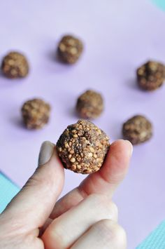 Puffed Quinoa Protein Balls. Done in 5 minutes with 5 ingredients.  #vegan #glutenfree   Puffed Quinoa is amazing. If you haven't tried it yet, you definitely need to!