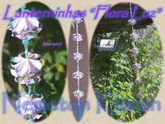 """String com a """"Lanterninha Flora Luz"""", do livro """"Origami em Flor: Kusudamas, Guirlandas e Buquês"""" de Flaviane Koti e Vera Young, página 88. Origami, Crafts, Flashlight, Wreaths, Book, Flowers, Manualidades, Origami Paper, Handmade Crafts"""