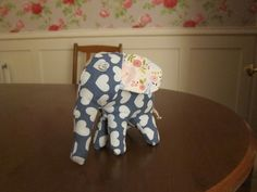 An elephant pin cushion, doesn't stand up terribly well but quite cute!!