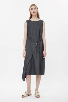 COS | Fold-over denim dress, платье кос, конструктивизм