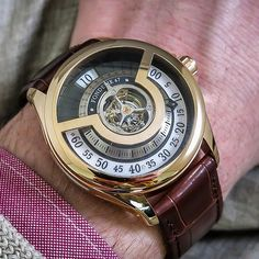 Fonderie 47 inversion principle with Tourbillon and jumping hours