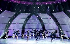 """The top 20 contestants perform a dance routine to """"Eyes"""" choreographed by Mia Michaels on SO YOU THINK YOU CAN DANCE."""