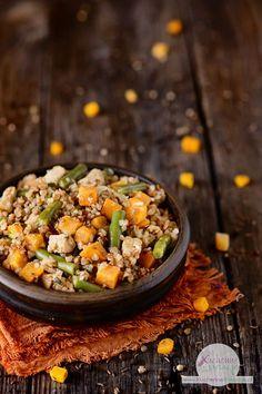 Indyk z batatami, fasolką szparagową i kaszą gryczaną Grains, Curry, Vegetables, Cooking, Ethnic Recipes, Food, Kitchen, Curries, Essen