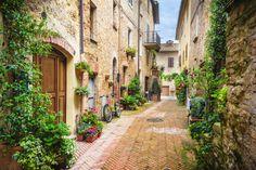 Viziteaza Pienza in vacanta in Italia