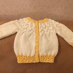 The Gift Knitting pattern by kiddiwinksknits Baby Cardigan Knitting Pattern, Arm Knitting, Baby Knitting Patterns, Baby Patterns, Universal Yarn, Baby Scarf, Christmas Knitting Patterns, Dress Gloves, Red Heart Yarn