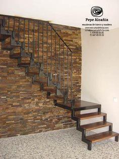 Escaleras en hierro y de todo tipo entrepisos herreria for Escaleras interiores precios