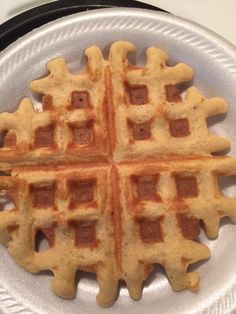 I have done it again folks! We have our no carb protein powder waffle, and now we have a 2 NET CARB Carbquik waffle that is amazingly delish! :) Check this out: Now I admit it didn't fill my …