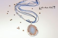 The necklace is handmade. Аgate