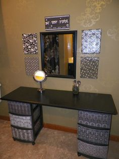 I've been spotting some fantastic DIY vanity mirror recently. Here are 13 ideas of DIY vanity mirror to beautify your room. Do It Yourself Furniture, Diy Furniture, Milk Crate Furniture, Dresser Furniture, Bathroom Furniture, Furniture Makeover, Home Design, Design Ideas, Interior Design