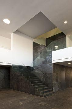 Moron De La Frontera Courts / Daroca Arquitectos