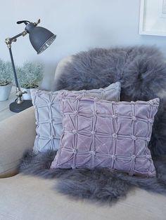 velvet_cushions_nordic_house