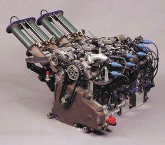Mazda 787B Wankel engine. the mighty 3-rotor