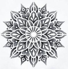I just drew this mandala that I would like to tattoo. - I just drew this mandala that I would like to tattoo. Mandala Tattoo Design, Mandala Sonne Tattoo, Dotwork Tattoo Mandala, Geometric Mandala Tattoo, Tattoo Henna, Tattoo Designs, Hand Tattoo, Geometric Stencil, Dot Tattoos