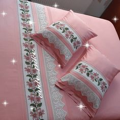 Stylish 20 Bedroom Lace Pique Bedding Set From Each Other . - Home Decor Bed Cover Design, Cushion Cover Designs, Bed Design, Cute Pillows, Diy Pillows, Draps Design, Bed Sheet Painting Design, Rustikalen Shabby Chic, Designer Bed Sheets