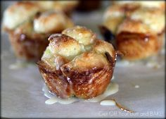 Sweet Mini Monkey Rolls- I made it without the corn syrup & it turned out great!