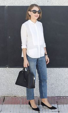 Discover this look wearing White The Kooples Shirts, Sky Blue Claudie Pierlot Jeans - Fall 2014 by toutlamode styled for Classic, Everyday in the Fall Kitten Heels Outfit, Heels Outfits, Chic Outfits, Summer Outfits, Fashion Outfits, My Outfit, Outfit Jeans, White Blouse Outfit, Mode Style