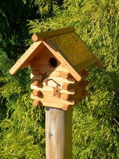 Rustic Log Cabin Bluebird birdhouse Handmade Wooden Functional Decorative garden art yard art metal roof bird House