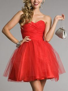 Short Mini Strapless Sweetheart Prom Dress Red Prom by LoverDress. OMG it looks like the red party dress from endless love Short Red Prom Dresses, Red Homecoming Dresses, Grad Dresses, Trendy Dresses, Dance Dresses, Strapless Dress Formal, Bridesmaid Dresses, Short Prom, Banquet Dresses