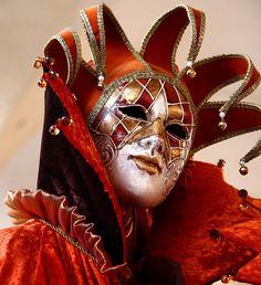 Venice ( IT ) carnival of venece Venetian Carnival Masks, Carnival Of Venice, Venetian Mask Tattoo, Jester Mask, Jester Costume, Court Jester, Venice Mask, Carnival Costumes, Mask Design