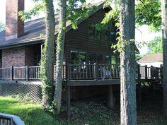 VRBO.com #478396 - Easy Access* Log Cabin on Lake Barkley * Plenty of Parking!*Dock Access