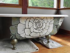 bathtub. how cool is this! wish I had an antique tub just so I could do this.