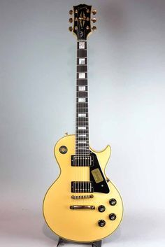 GIBSON CUSTOM SHOP Limited Run 1974 Les Paul Custom VOS Yellow White