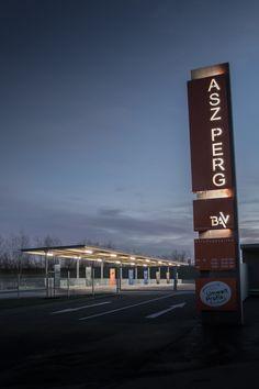 ASZ (Abfallsammelzentrum) Perg, OÖ - Austria Photo Displays, San Francisco Ferry, Austria, Building, Travel, Architects, Projects, Viajes, Buildings