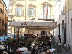 planning a trip to Italy? Great insiders blog. http://italianallure.blogspot.com/